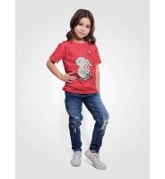 """Красная детская футболка """"Зайка с морковкой"""""""