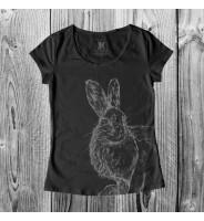 Черная футболка с зайцем