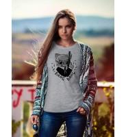 """Женская футболка """"Кот-Джеймс Бонд"""""""